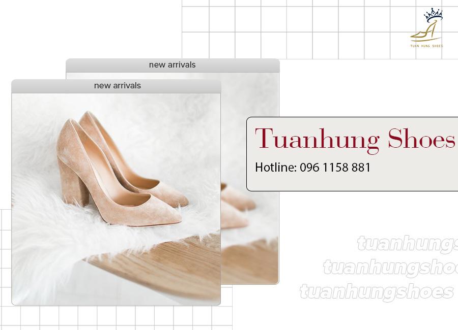 Giày cao gót mũi nhọn basic với thiết kế đơn giản